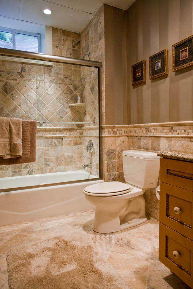 Natural stone tile bathroom fuda tile for Bathroom tiles images gallery
