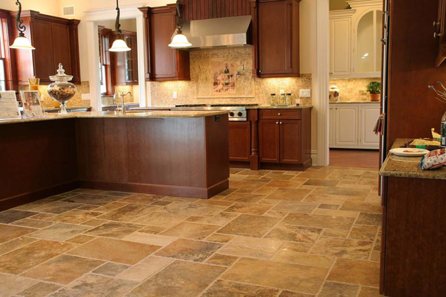 Scabos french pattern travertine fuda tile for Tile patterns for kitchen floor